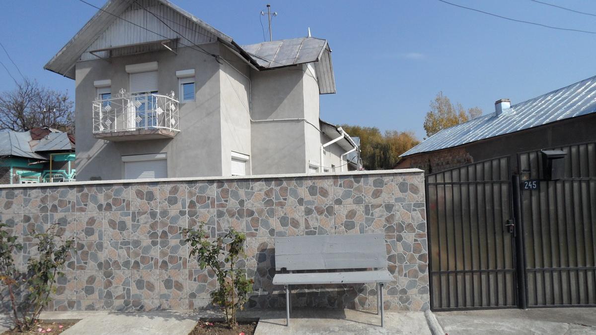 Casa in Adanca