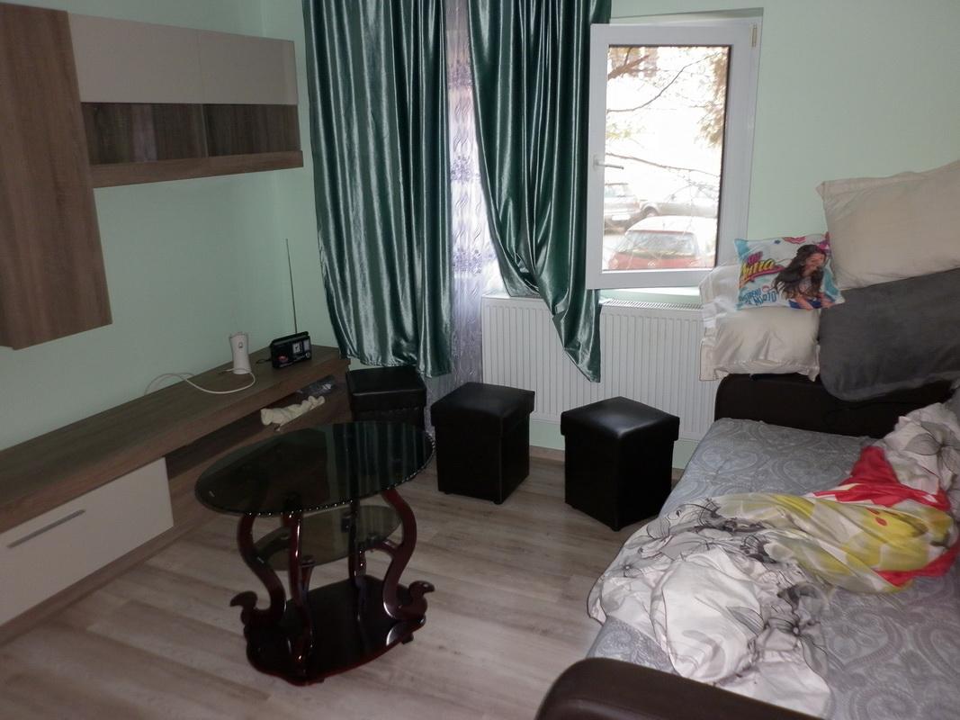 Apartament 3 camere Targoviste-Spital